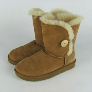 UGG Chestnut Suede Bailey Button II Boots 7